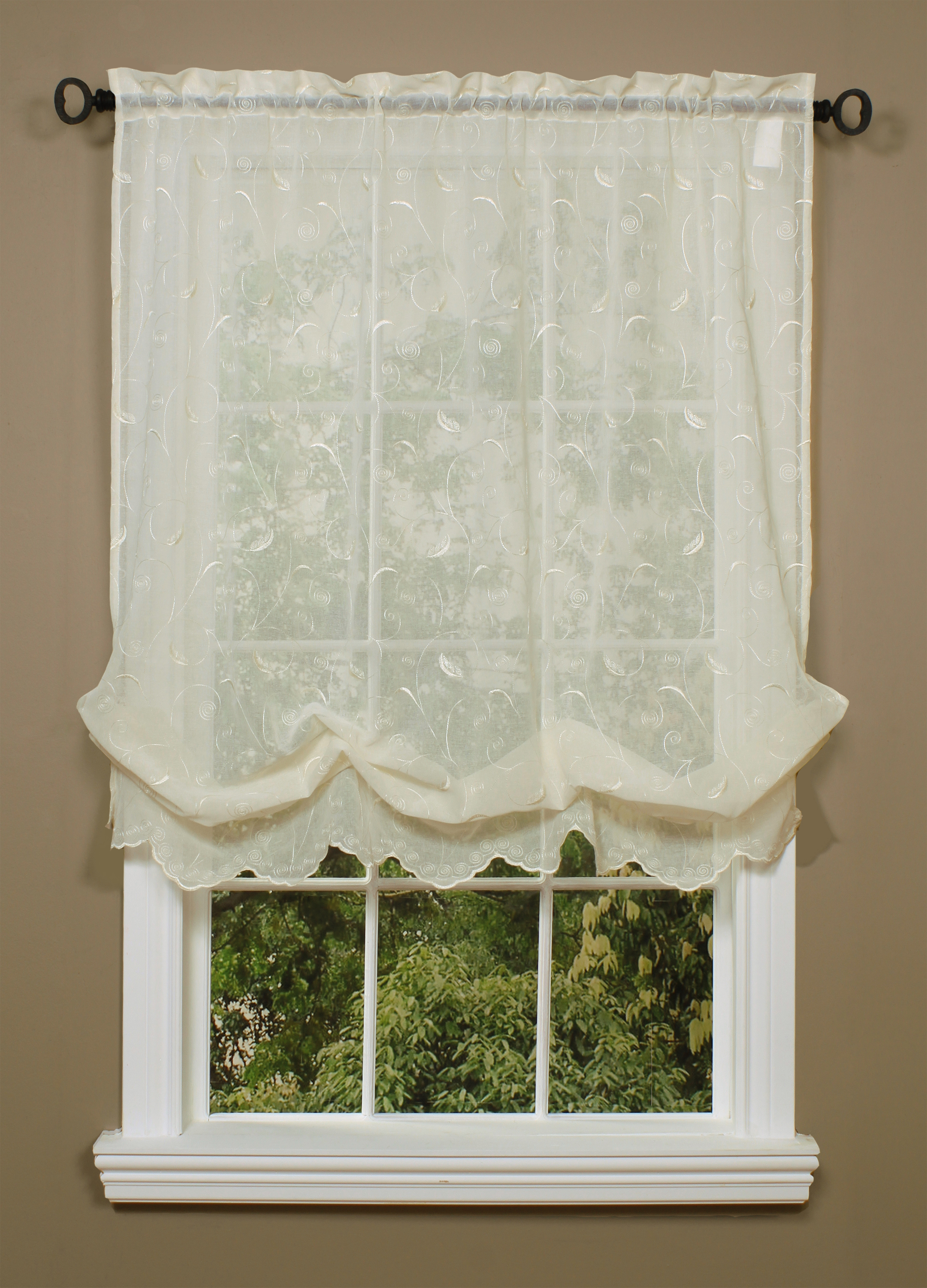 Commonwealth Hathaway Balloon Curtain 2 Colors